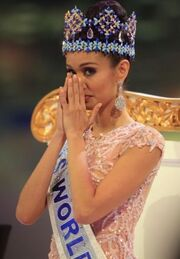 Αυτή είναι η πιο όμορφη γυναίκα στον κόσμο για το 2013! Τι θέση πήρε η Ελληνίδα καλλονή!