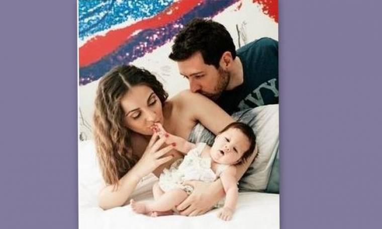 Μάνος Παπαγιάννης: «Την κάνει» για Αυστραλία χωρίς την Δαλιάνη και το μωρό! (Nassos blog)