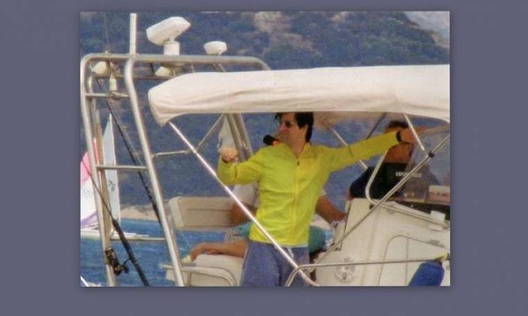 Ο Σάκης και η φθινοπωρινή απόδραση με το σκάφος