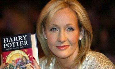 Η J.K. Rowling στηρίζει τις άνεργες μητέρες