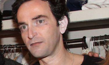Άρης Σερβετάλης: «Το θέατρο καλύπτει την μούρλα μου»