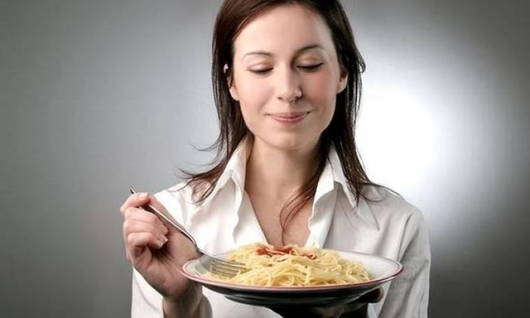 Θέλετε να διατηρήσετε το βάρος σας; Ρίξτε το στο φαγητό!