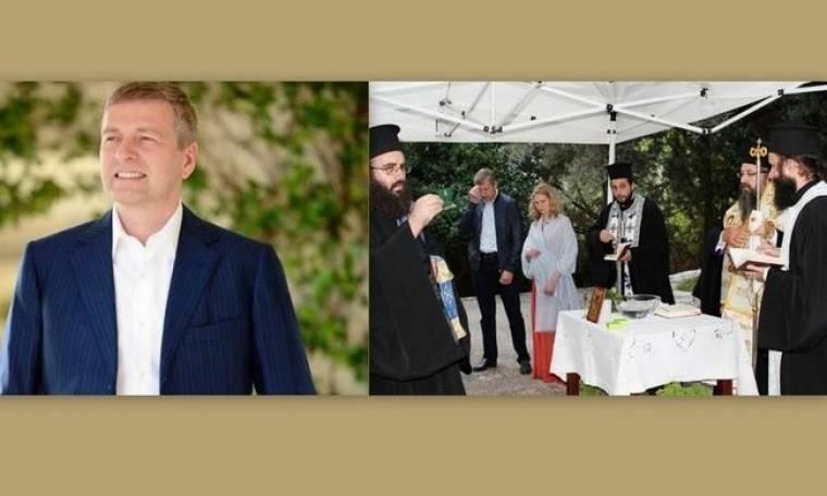 Ντιμίτρι Ριμπολόβλεφ: Έκανε τρισάγιο στους τάφους των Ωνάσηδων
