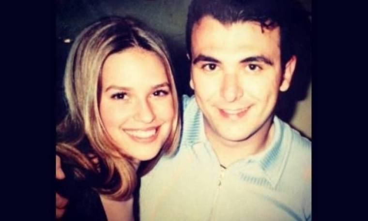 Flashback: Η Σίσσυ Χριστίδου ποζάρει με τον Αντώνη Ρέμο πριν 16 χρόνια