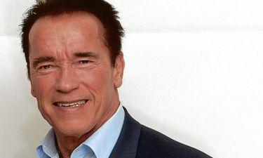 H «καυτή» αποκάλυψη του Tom Arnold για τον Αrnold Schwarzenegger!
