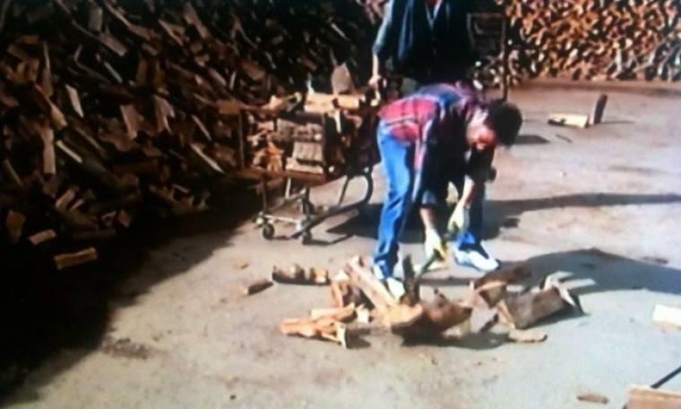 """Ο Χρήστος Νέζος έκοψε ξύλα και ζήτησε να του φέρουν """"αντρικά""""!"""