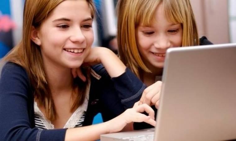Προσοχή! Το Facebook αλλάζει τις ρυθμίσεις απορρήτου για τους ανήλικους χρήστες!
