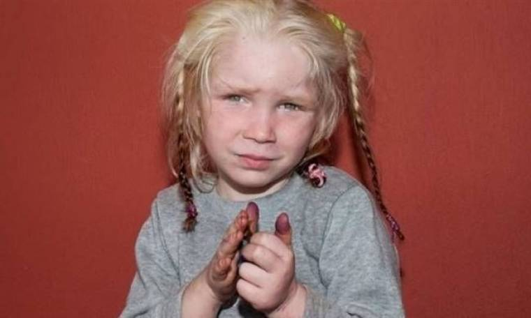 Η μικρή Μαρία ζητιάνευε πριν λίγες μέρες σε λαϊκή αγορά στη Λαμία