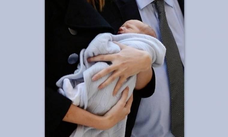 Πήγε το νεογέννητο μωρό της για εξετάσεις η…