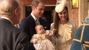 Οι πρώτες φωτογραφίες από την βάφτιση του πρίγκιπα George