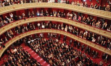 Λαμπερά εγκαίνια για το Δημοτικό θέατρο Πειραιά