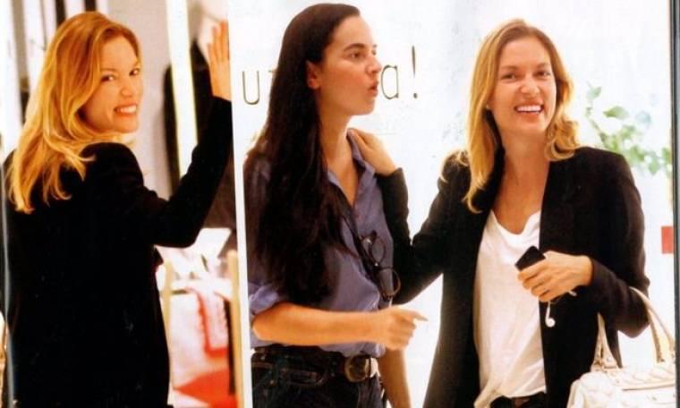 Βίκυ Καγιά: Χαμογελαστή έκανε τα ψώνια της σε εμπορικό κέντρο