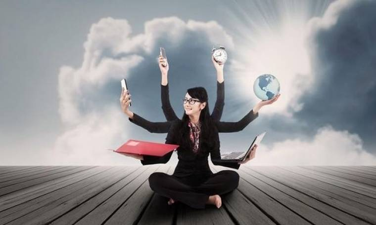 Η γυναίκα… «πολυ-εργαλείο» στον επαγγελματικό χώρο