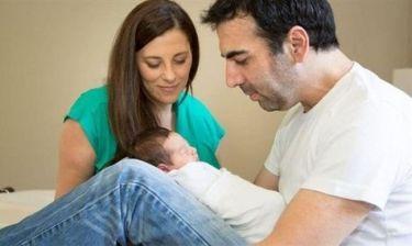 Το γράμμα του δημοσιογράφου Κώστα Γρίμπιλα στο νεκρό μωρό του που κάνει τους πάντες να λυγίσουν!