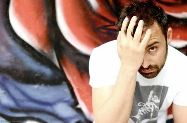 """Γιώργος Καπουτζίδης: «Δουλεύαμε για τον τηλεθεατή στο """"Παρά πέντε"""". Δεν είναι τυχαία η επιτυχία αυτής της δουλειάς»"""