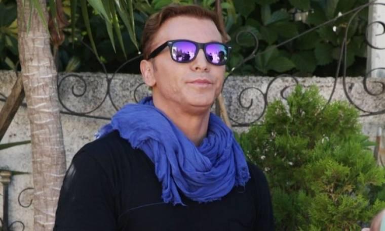 Τάκης Ζαχαράτος: «Παίρνω θετική ενέργεια από τον κόσμο»