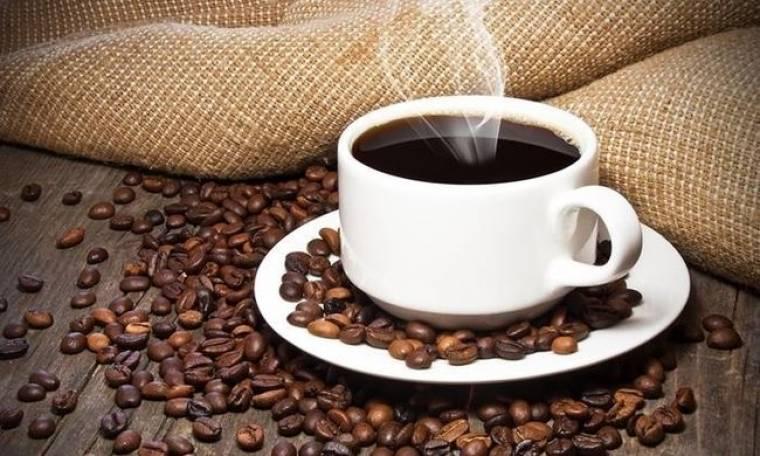 Πώς να κάνετε τον καφέ σας πιο υγιεινό