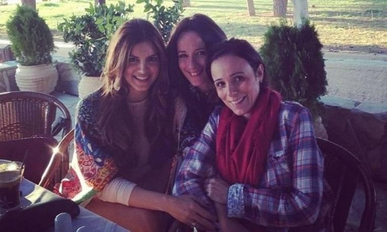 Σταματίνα Τσιμτσιλή: Για καφέ με τις φίλες της