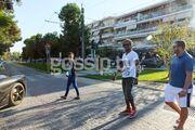 Ποδοσφαιριστής του Ολυμπιακού με Ferrari στην Γλυφάδα!