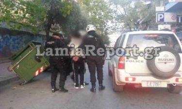 Λαμία: Σύλληψη ληστή on camera! (video)