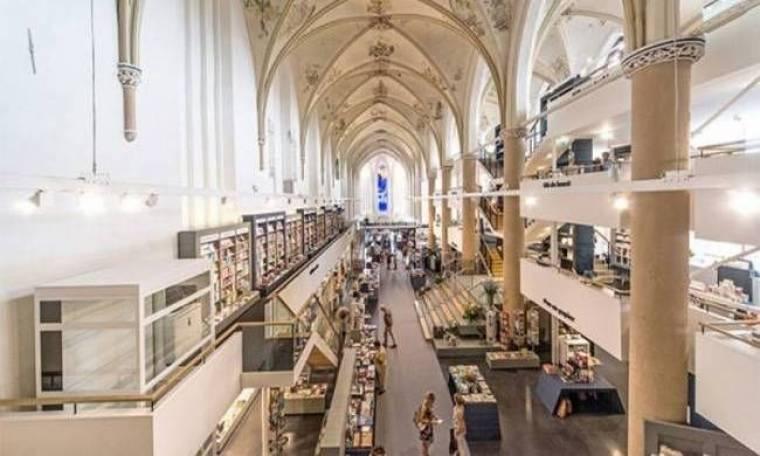 Καθεδρικός ναός μετατράπηκε σε βιβλιοπωλείο (pics)