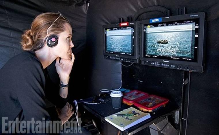 Οι πρώτες φωτογραφίες από τα γυρίσματα της νέας ταινίας της Angelina Jolie «Unbroken»