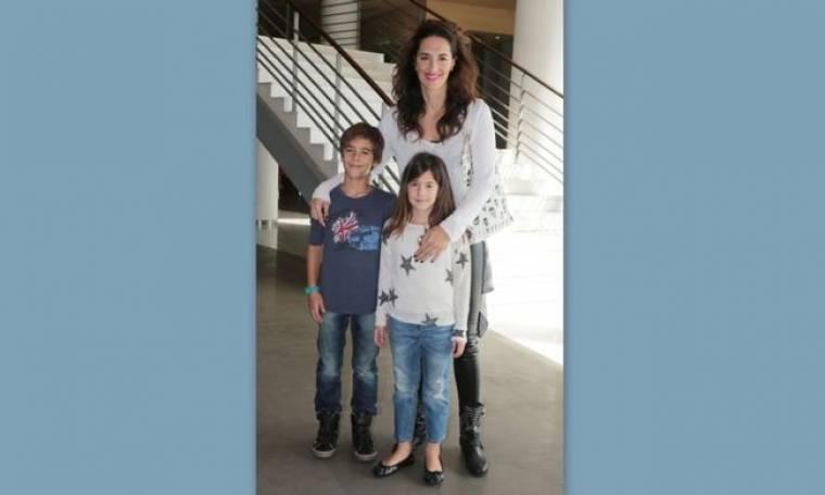 Νόνη Δούνια: Στο θέατρο με τα παιδιά
