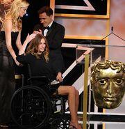 Σοκάρει η Julia Roberts σε αναπηρικό καροτσάκι!