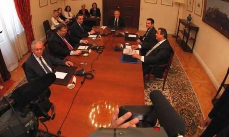 Σύσκεψη πολιτικών αρχηγών υπό τον πρόεδρο της Δημοκρατίας