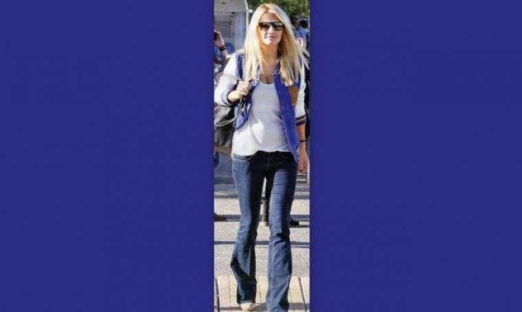 Φαίη Σκορδά: Με casual εμφάνιση για αγορές!