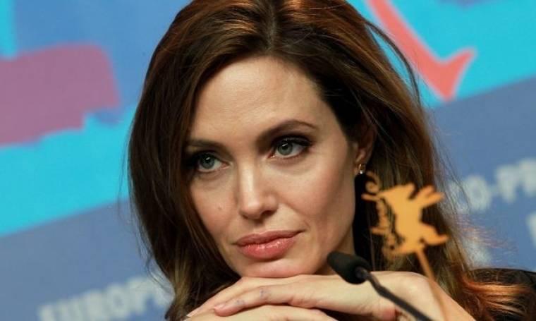 Angelina Jolie: Πήρε τιμητικό Όσκαρ για την ανθρωπιστική της δράση!