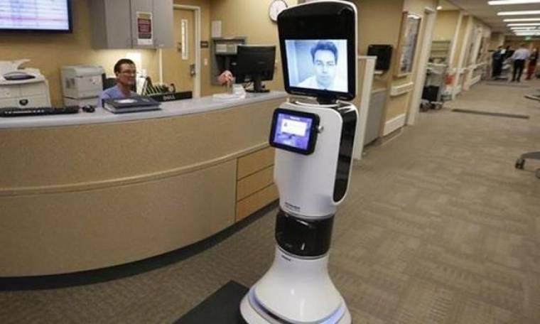 """Ρομπότ """"γιατροί"""" κυκλοφορούν στους διαδρόμους των νοσοκομείων! - VIDEO"""