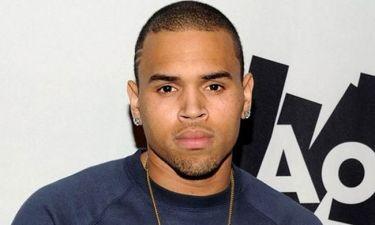 Chris Brown: Γιατί έσπασε το τζάμι του αυτοκινήτου της μητέρας του;
