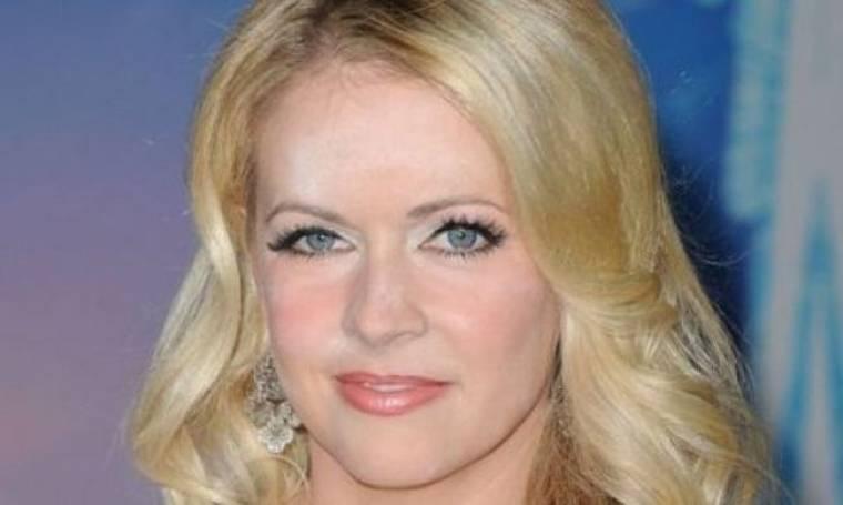 Καταστροφή! Ο make up artist της Melissa Joan Hart πρέπει να απολυθεί!