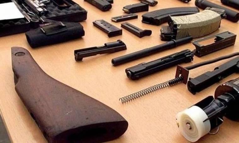 Συναγερμός στις Σέρρες: Στρατιωτικός οπλισμός στο σπίτι ενός 52χρονου!
