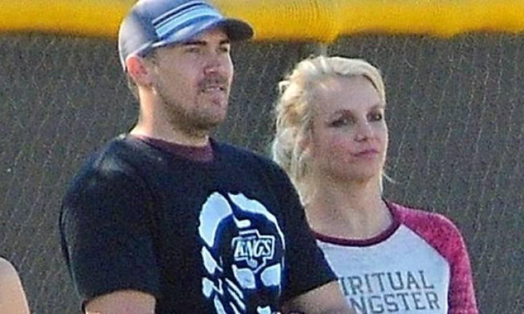 Καρδιά «αγκινάρα»: «Είμαι ερωτευμένη» λέει για τον νέο της αγαπημένο η Britney Spears!