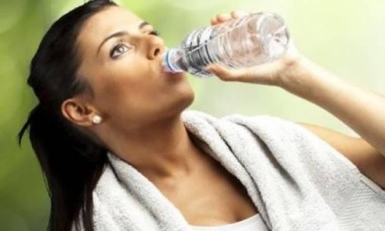 Ποια είναι η σημασία της αναπλήρωσης υγρών κατά την άσκηση;
