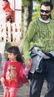 Θανάσης Ευθυμιάδης: Βόλτα με τις κόρες του στην παιδική χαρά!