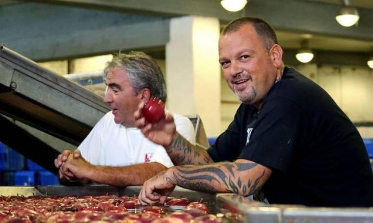 Ο Δημήτρης Σκαρμούτσος μαγειρεύει στο Πήλιο!