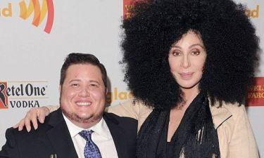 Απίστευτο: Δείτε πώς άλλαξε η κόρη (που έγινε γιος) της Cher! (φωτογραφίες)