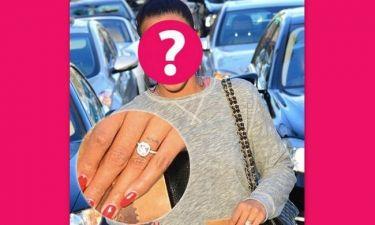 Κι άλλος γάμος στο Hollywood: Ποια star μας τύφλωσε με το μονόπετρό της;