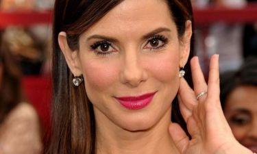 Sandra Bullock: Έχει το παιδί της και αδιαφορεί για τον έρωτα!