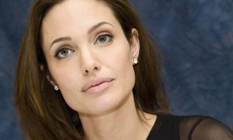 Ίδρυμα για την καταπολέμηση του καρκίνου ετοιμάζει η Angelina Jolie!