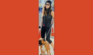 Ναταλία Δραγούμη: Πρωινή γυμναστική με την σκυλίτσα της!
