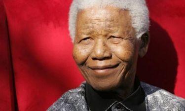 Παγκόσμια συγκίνηση και φόρος τιμής στον Νέλσον Μαντέλα