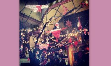 Ελισάβετ Σπανού: Στόλισε το χριστουγεννιάτικο δέντρο με στρινγκ!