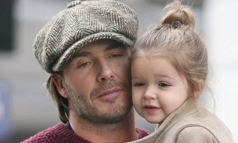 Τι λατρεία είναι αυτή; Ο David Beckham cheek to cheek με την κόρη του!