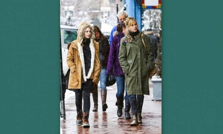 Melanie Griffith: Για χριστουγεννιάτικα ψώνια με την κόρη της