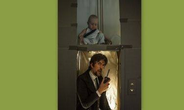 Γονείς αναβίωσαν κινηματογραφικές σκηνές για χάρη του μωρού τους