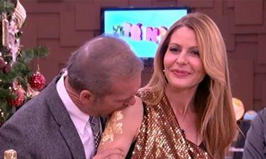 Ο Κωστόπουλος δάγκωσε on air την Τζένη Μπαλατσινού!